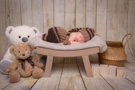 Newborn Brown-3